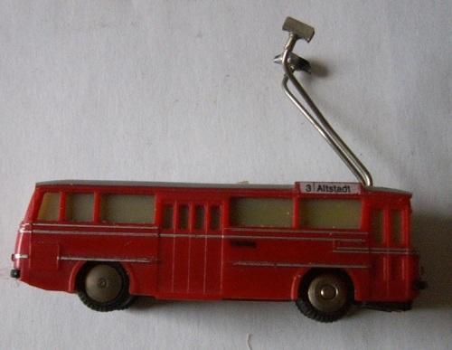 Un trolleybus della Brawa