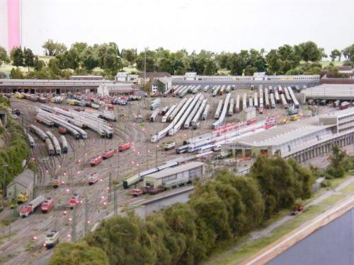 Scalo di Stoccarda. immagine da http://www.modellbahn-dortmund.de/