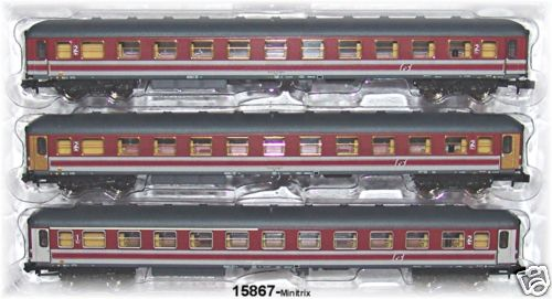 Vetture rosso fegato Minitrix 15867
