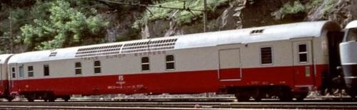 Furgone Generatore TEE a Fortezza nel 1974 - Foto © pamwagner47 da www.ferrovie.it/forum