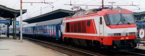 L'Ulivo Express nel 2001 a Milano - foto © Raffaele Bonaca da ilPortaleDeiTreni