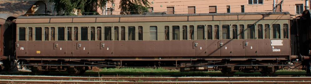 "Favoloso Carrozze ""Centoporte"" | scalaeNNe - Note Sparse (Treni, Ferrovie e  CR59"