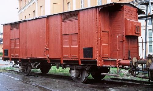 Carro F in legno con garitta (foto © Stefano Paolini)