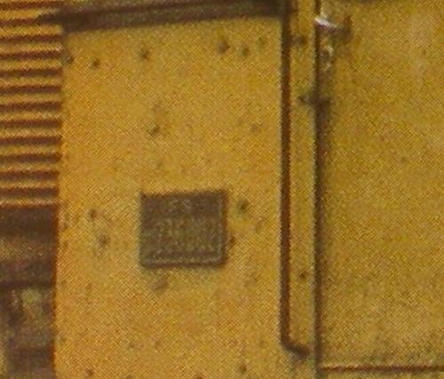 "Targa della D.236.002: si intuisce la presenza della ""D"". Foto Mercuri dal forum www.scalatt.it"