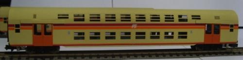 P6 - Seconda classe, livrea navetta, logo inclinato