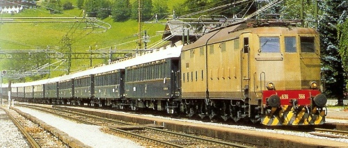 E.636.366 a Colle Isarco - agosto 1988 - foto da forum-trenoincasa