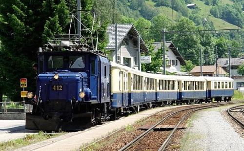 Alpine Classic Pullman Express foto Kaiser da www.eisenbahnforum.de