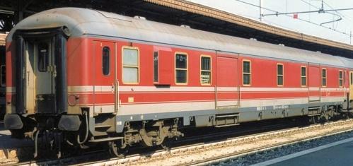 D Tipo 1975 - 50 83 95-70 148-6 -Raffaele Bonaca