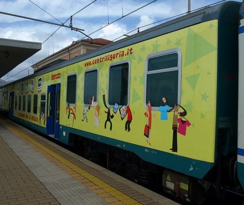 Piano Ribassato il livrea pubblicitaria ipercoop - centri Liguria a Lavagna - Foto guidix da Flickr