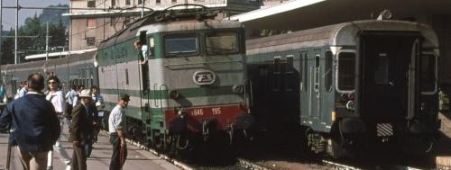 Incrocio a Cassino nel 1985. Foto © gian58 da trainzitaliafoto