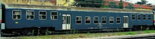 Carrozza PR Bz di prima serie - foto tratta dal catalogo EuroRailModels