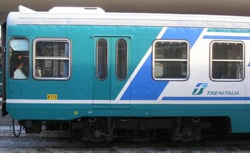 Semipilota Passante - dettaglio del frontale, lato sinistro - Foto © e412 da trainzitaliafoto