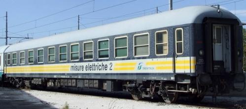 Una ex AB trasfromata in carrozza misure elettriche