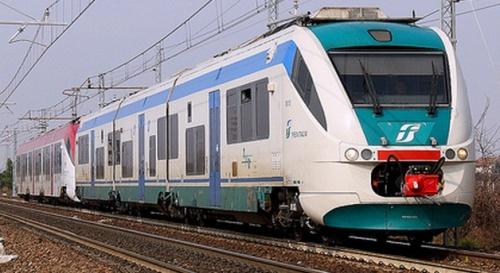 Coppia di Minuetto diesel (Trenitalia + Trentino Trasporti)