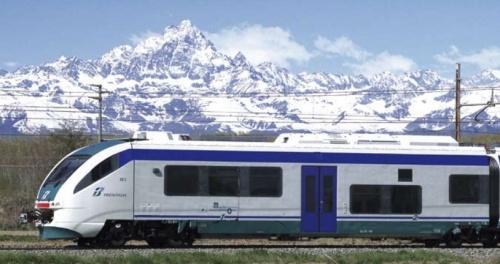 """Coradia Meridian di Trenitalia, """"Minuetto"""". Foto da brochure Alstom"""