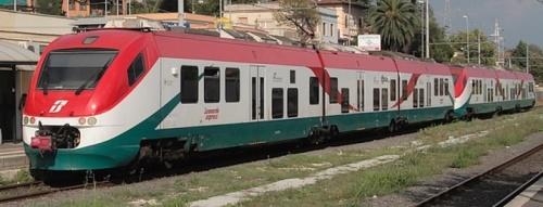 Minuetto Trenitalia in livrea Leonardo Express - Foto © E.Imperato da TrainzItaliaFoto