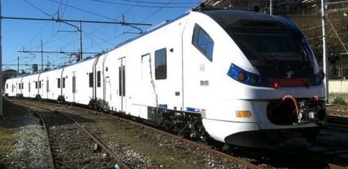ETR.425 per Ferrovie Nord nel periodo di prova a novembre 2013. Foto © Maurizio Tolini da FOL News