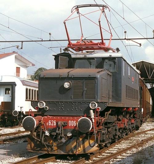 E.626.006- Foto © Werner Hardmeier da www.drehscheibe-foren.de
