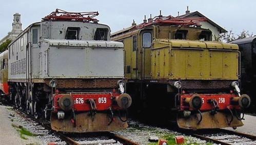 Le due E.626 di Trieste Campo Marzio. Foto da www.fermodelclub.it