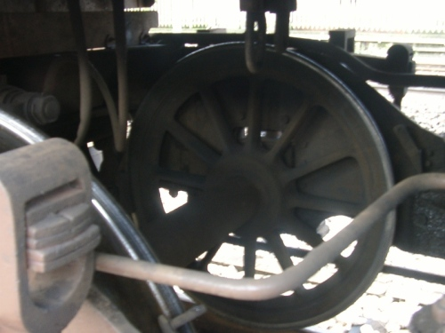 L'asse anteriore della 006 - Foto © Massimo di Vico da www.forum-duegieditrice.com