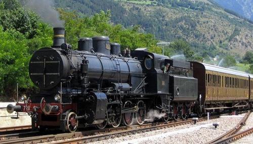 728.022 in arrivo a Malles in occasione del centenario della linea. Foto © fabribo da trainzitaliafoto