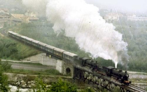 Doppi Trazione di 740 a Lagundo nel settembre 1974, foto © Claudio Pedrazzini da www.trainsimsicilia.net