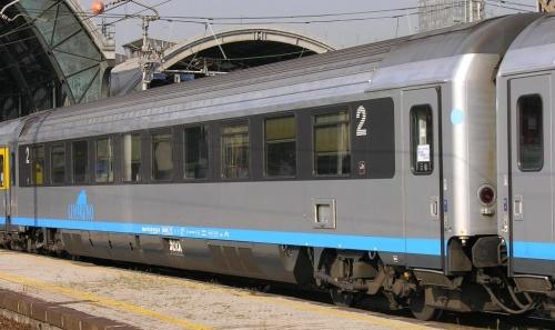 Carrozza svizzera Bpm - Foto © Massimo Rinaldi da www.railfaneurope.net