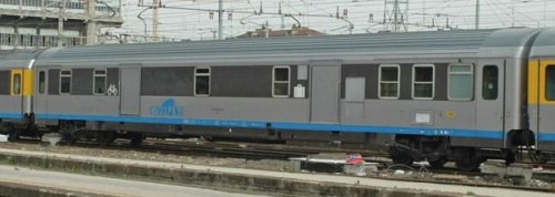 Carrozza bagagliaio D, tipo Z1 - Foto © wsc da www.trainzitaliafoto.com