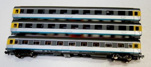 Delle FS Z1 Roco ridipinte nei colori CIsalpino, da train.khsoft.gr.jp