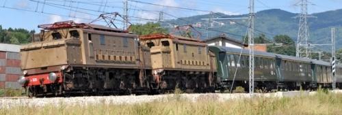 Doppia trazione di E.626, foto © Giulio Torrisi da trenomania