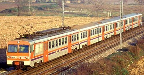 ALe.724- e rimorchiate nel 1992 - Foto © Roberto Bonetti da photorail.com