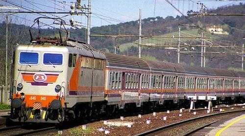 E646.046 Navetta nel 1997sulla Firenze-Pisa. Foto © Fabrizio Sozzi da flickr