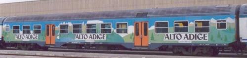 Altra livrea pubblicitaria altoatesina - foto da trenomania