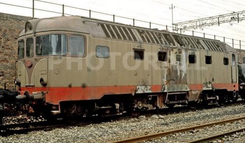 D342.3002 a fine carriera, nel dicembre 1976 a Bologna - Foto © Enrico Paulatti da photorail.com