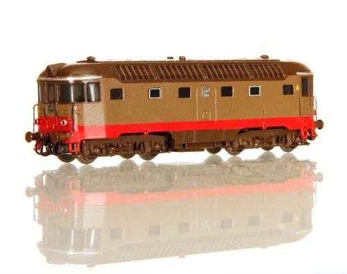 La D.342 OM (serie 3000) realizzata in scala N da Giorgio Donzello.