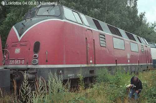 La 083 a Stoccarda nel 1983 poco prima del trasferimento in Emilia per la demolizione. Foto © Lokfotos