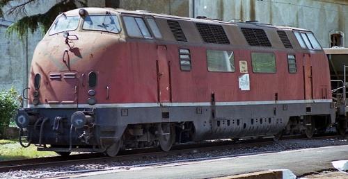 La 028, nel maggio 1993 a Campo Ligure, all'epoca COSFER T5662. Foto © Maurizio Boi da flickr