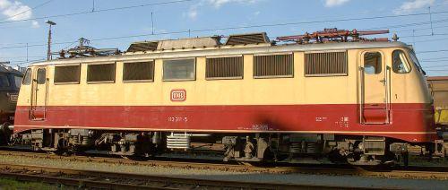 DB-Baureihe_E10 (Br 103) - Foto di Magnus Gertkemper da wikimedia (CC)