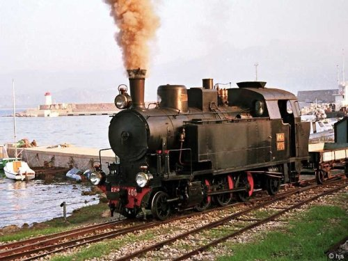 Mandas - Arbatax 1989. Locomotiva Ferrovie Centrali Sarde FCS 400 (Officine Reggiane 133/1931) . Foto ©  Hans-Joachim Ströh da bahnbilder.de
