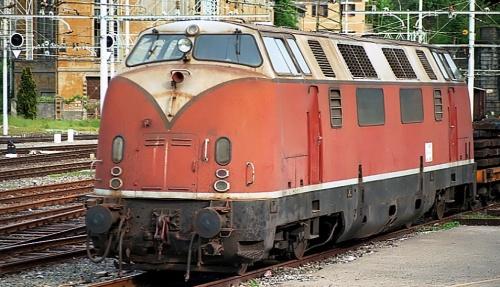 Una 220 a Genova nel 1993 - forse le Veltri? Foto © Maurizio Boi da flickr