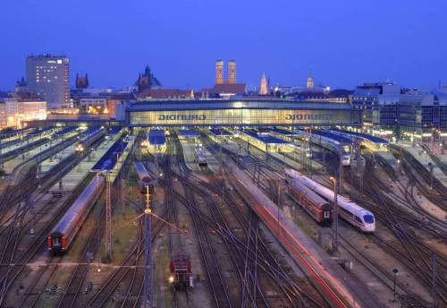 Hauptbahnhof München - foto da staticflickr.com