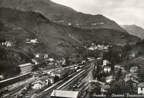 Stazione di Pracchia, 1955. Foto da s880.photobucket.com