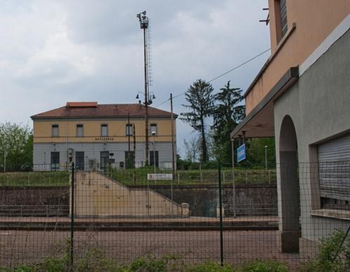 La stazione di Rovesenda Alta vista dalla stazione di Rovesenda. - Foto © degra da flickr