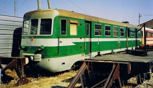 Il treno della Sila su un tronchino. Foto © arkoudaki da flickr