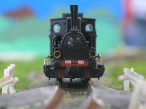 Vista frontale della FS 999.005 RCR - modello dalla Collezione Angioy