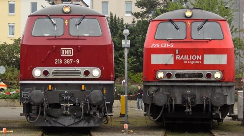 Br 218 e 225 -Foto © Daniel Meyer da bahn.starttbilder.de
