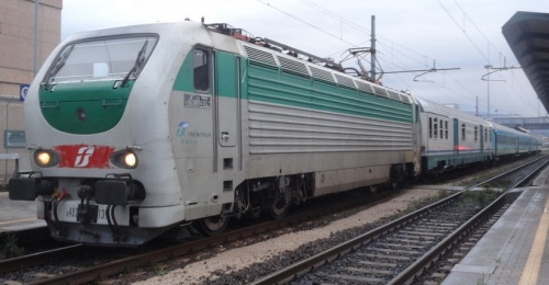 Treno Verde 2012 al traino di una E.402B. Foto © Simo483 da flickr