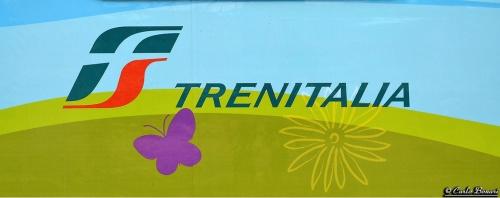 Il nuovo logo sulle carrozze (dal 2011) - foto © Carlo Bonari da flickr