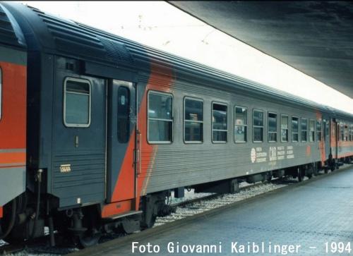 La MDVE Inox nel 1974 - Foto © Kaiblinger da www.trenomania.org