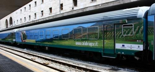 """Il convoglio """"Calabria in Movimento"""" - Foto © niko90 fa trenomania"""